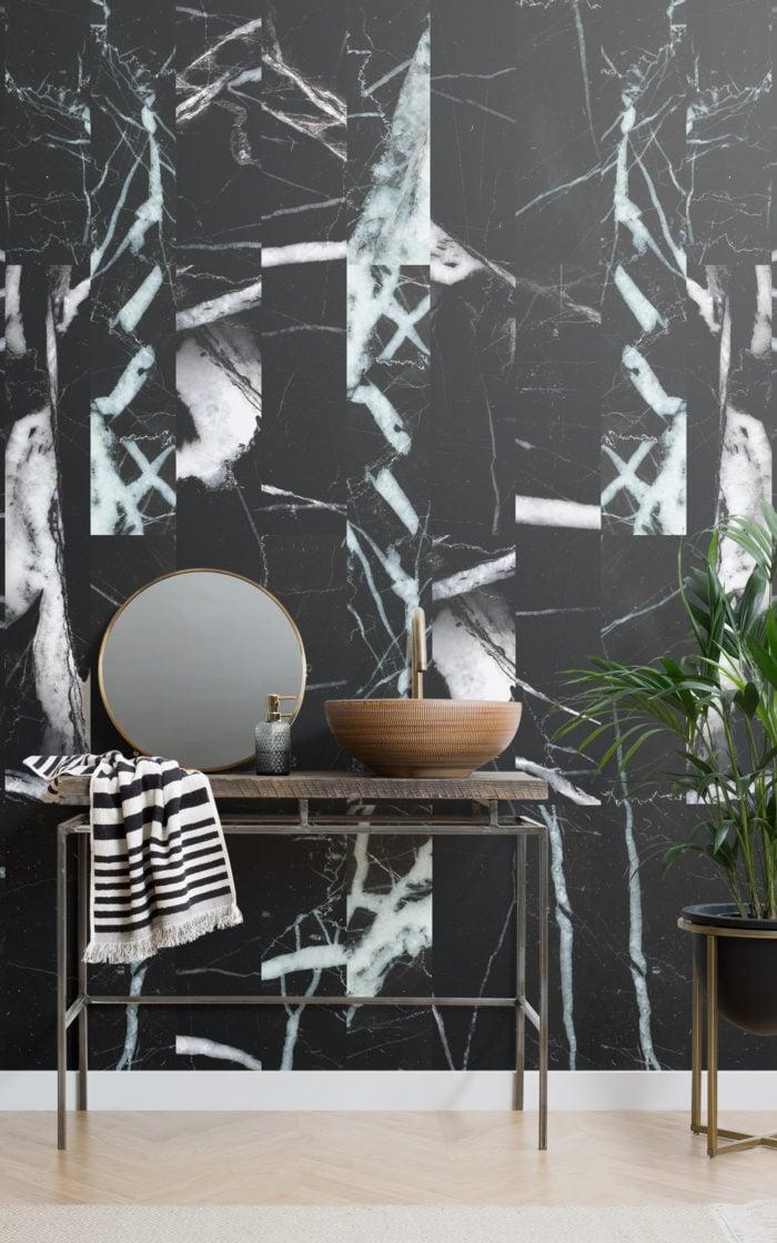 iconic-dark-bathroom-ideas