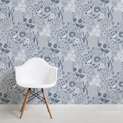 blue-botanical-flowers-repeat-pattern-wallpaper
