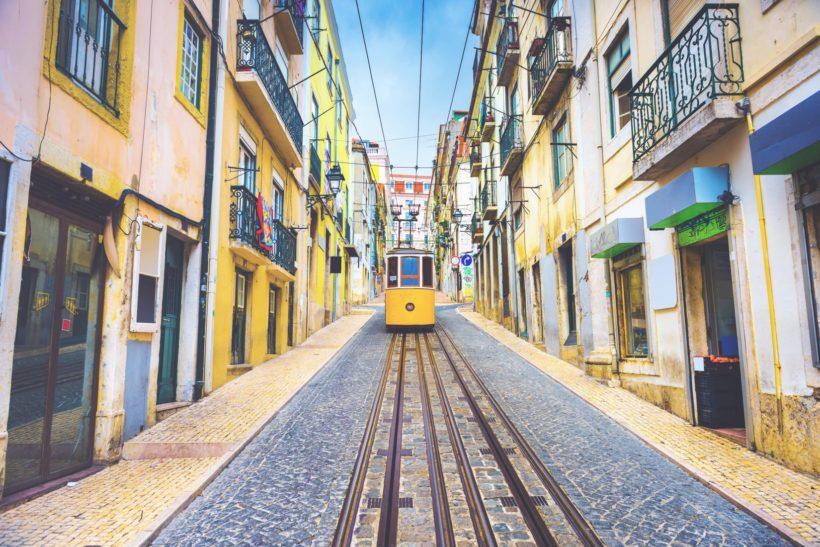 lisbon-metro-city-plain-1-wall-murals