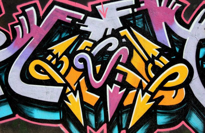 twisted-arrows-graffiti-plain-wall-murals